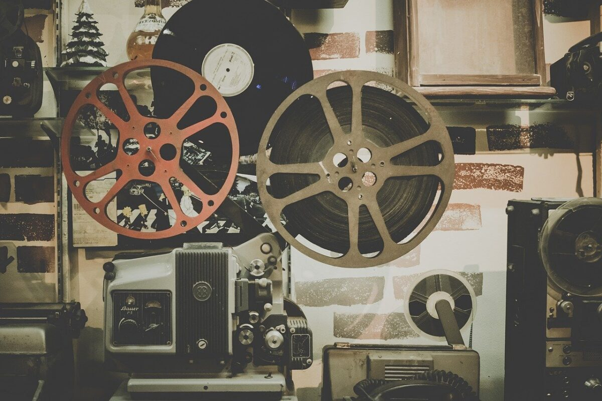 Instrucción sobre el desplazamiento del equipo de producciones en el sector audiovisual